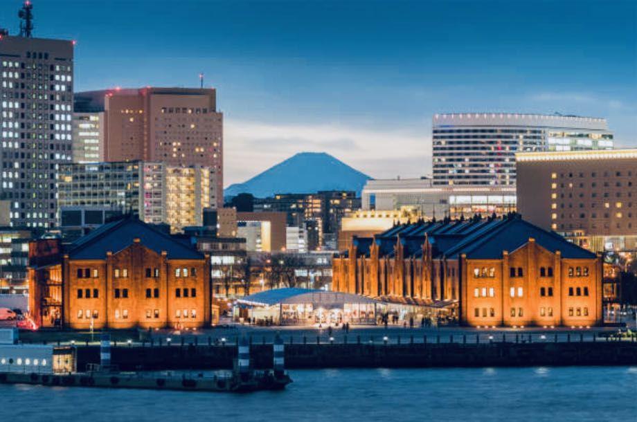 大さん橋からの夜景、赤レンガ方面